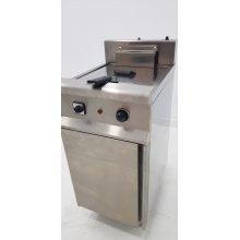 Freidora eléctrica 1cuba limpia de 12 litros con 12Kw Serie 550 JUNEX con medidas 400x450x850h mm FE6001/1